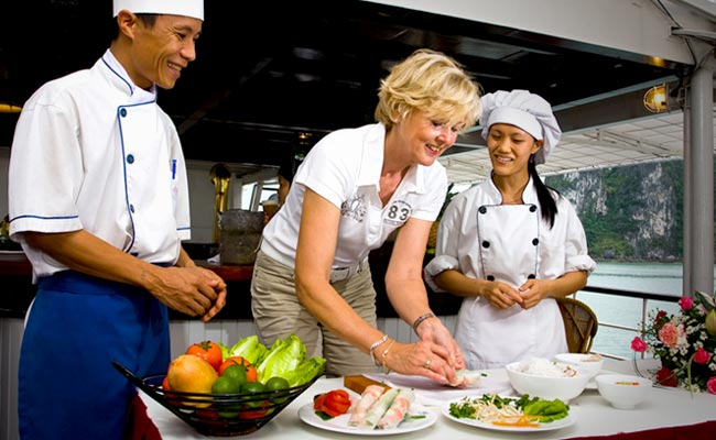 Dragon Eye Cruise-cooking-class