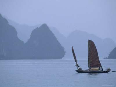 sailboat-on-misty-halong-bay